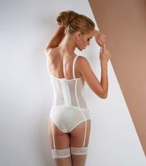 alina_corset_back
